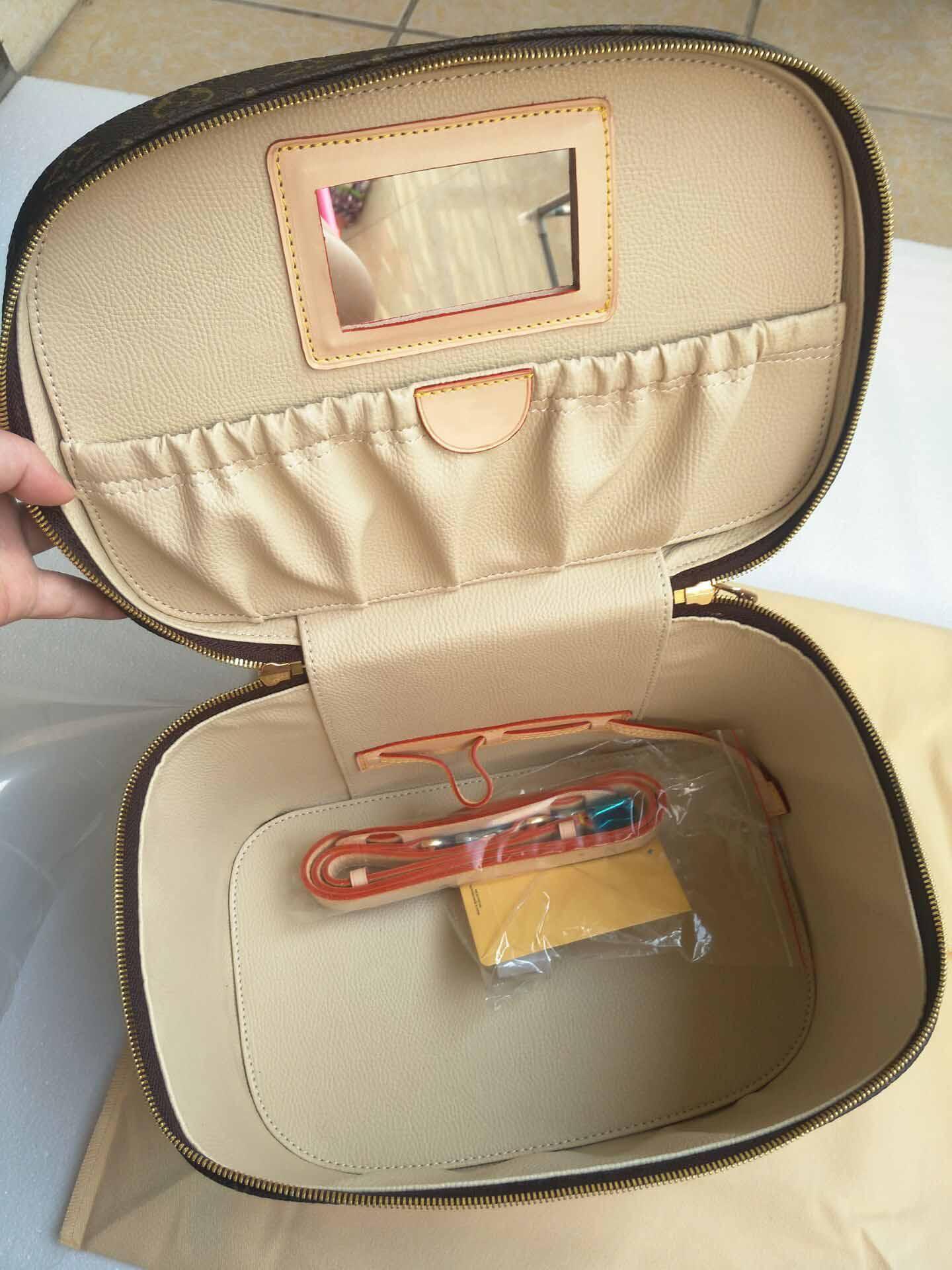 Top-Qualität Frauen Kosmetiktasche aus echtem Leder Make-up Taschen berühmten Make-up-Box großen Reiseveranstalter Reise Kulturbeutel Totes