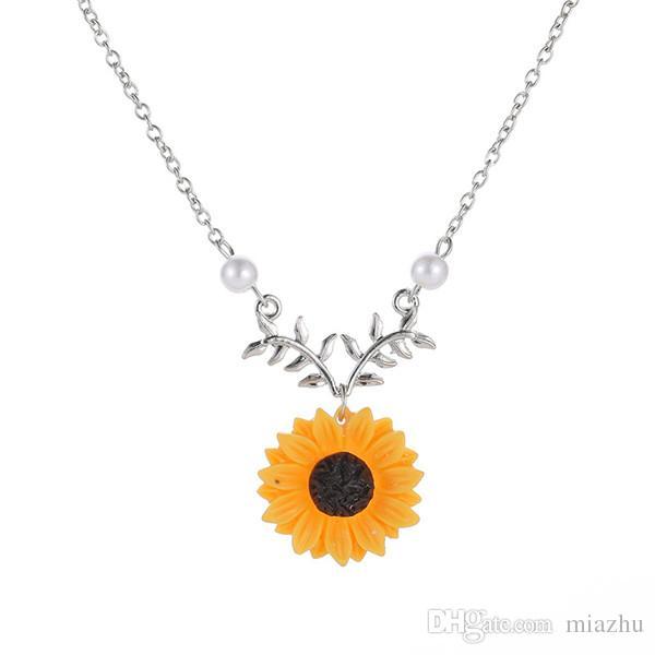 AA/_ EG /_ Damen Boho Kunstperle Blume Anhänger Halsband Schmuck umwerfend