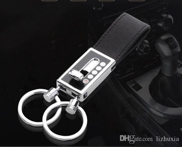 Cuir de la chaîne de la voiture Appliquer Audi Volkswagen Toyota Nissan Mercedes Élément de voiture Personnalité Chaîne clé