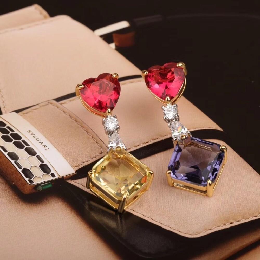 Bijoux pour femme 2019 mode printemps et en été vente classique classique sur la nouvelle oreille élégante couleur incrusté diamant luxe luxe accroché à