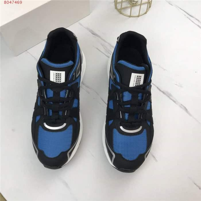 2020 latest fashionable Multicolor splicing sneakers are made of with high-tech fabric Neoprene and rubber soles complete packaging