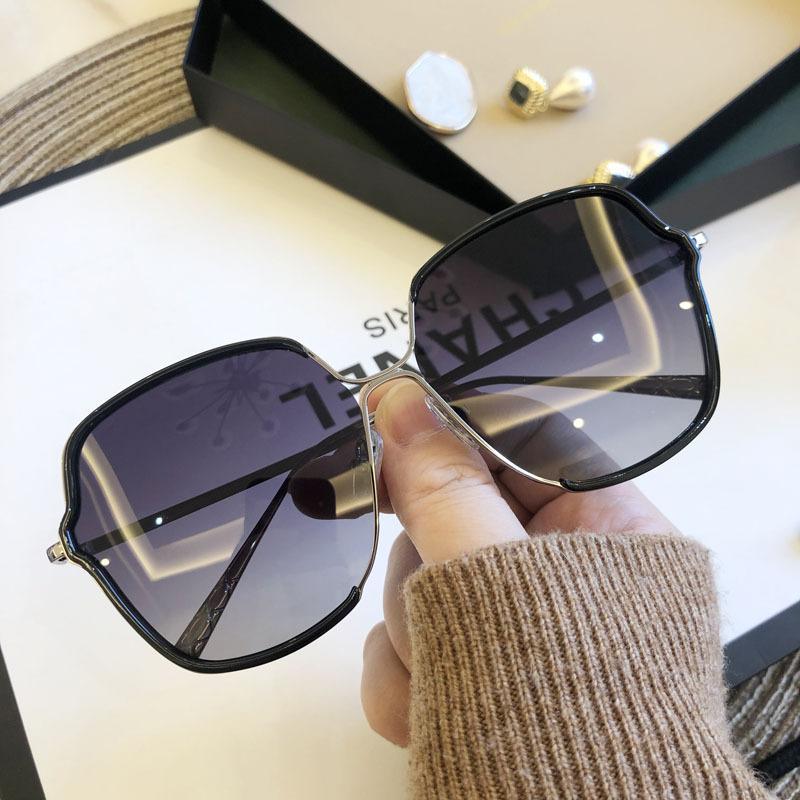 Alta occhiali da sole delle donne di qualità Occhiali Lady Sun vetro Donna 2020 Gradient Lens Rosa Blu Uomini Occhiali