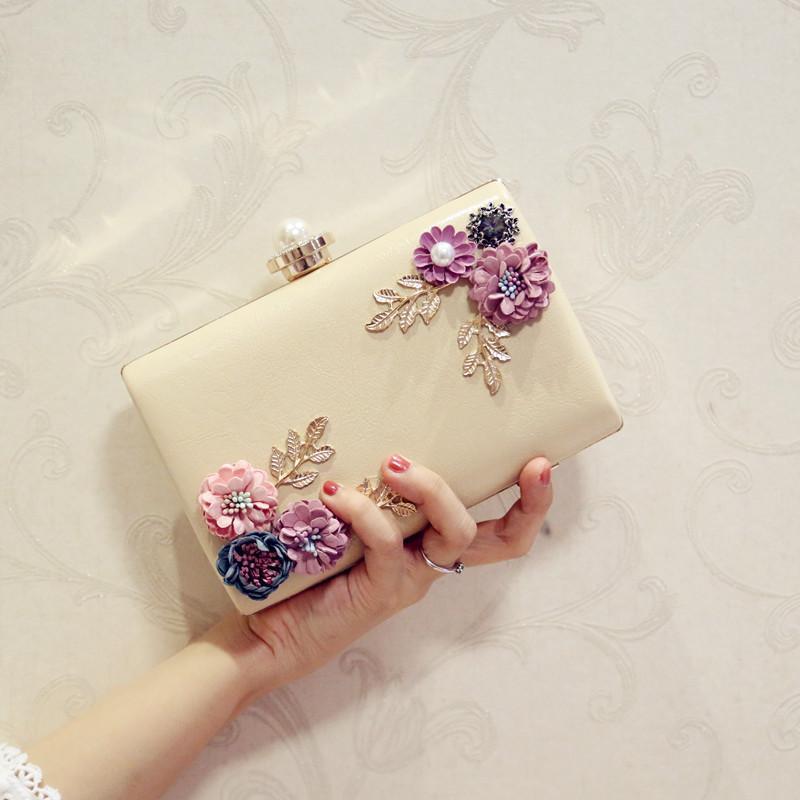 Borsa Fashion Dinner Borsa Flower Designer 2019 New Pearl Hand Women's Through Package Diagonal Spalla Singola Brand Pacchetto IXIFD