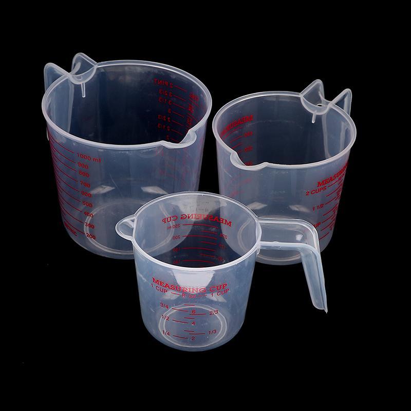 Materiale misurino con scala e Maniglia Acqua Latte tuorlo d'uovo di misurazione Cup Cucina Misura plastica PVC 250/500 / 1000ML