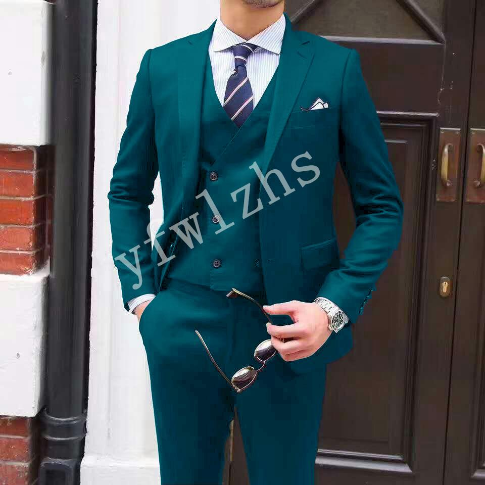 Высокое качество Две кнопки Beige Нотч Groom Tuxedos Мужские костюмы венчания / Prom / Dinner Best Man Blazer (куртка + брюки + Tie + Vest) W26