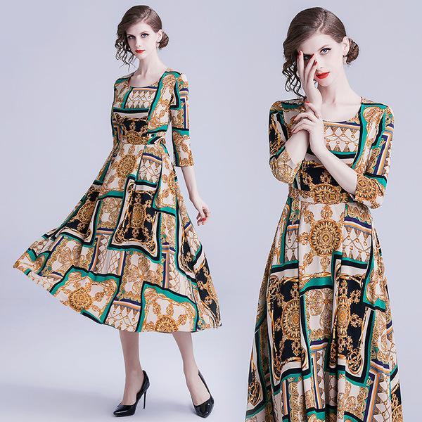 706eaaa7a Летняя новая женская одежда высокого класса темперамент ретро платье для  леди мода красивая печать шею с
