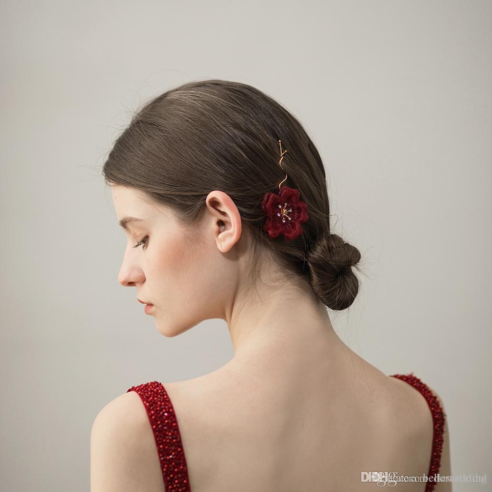 2018 New Design Wedding Headpieces With Yarn Flowers Rhinestones Hairpins Women Hair Jewelry Bridal Hair Accessories DB-HP390