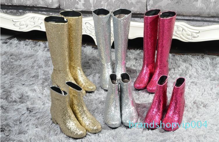 Shinny Glitter Stiefel Frauen Roud Zehe Art und Weise der neuen Art-Short Martin Stiefel Low Fersen Zip Frauen T Bühne Reitstiefel Weibliche Mujer