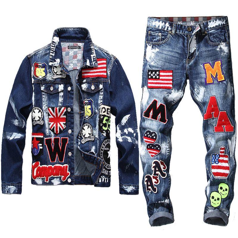 Zona del ricamo di disegno camicia di jeans, 2 piece set Uomo Multi-distintivo Skull Jeans Imposta Slim Giacca di jeans + Flag Badge Vernice Jeans
