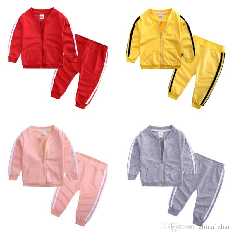 Toddler Tracksuits Casual Kids Sports Coat Pantalons 2pcs Ensembles à manches longues Garçons Vêtements de sport Solid Girls Tenue Boutique Bébé Vêtements DHW3617