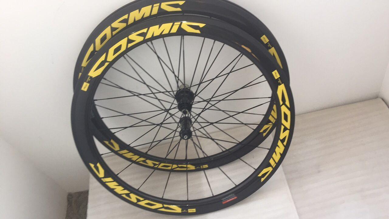 1 год гарантии полный велосипед углеродистые колеса желтого цвета 3 К глянцевый 700C клинчер велосипеда углеродные колеса 50 мм с концентраторами и спицами бесплатная доставка