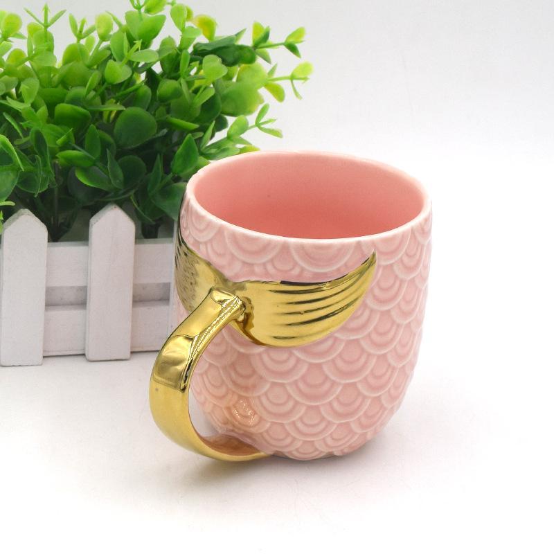 Tasse de poisson de tasse de queue de poisson de tasse de queue de poisson de sirène de mode de glaçage de perle de tasse d'or Tasse exquise 18zf k1