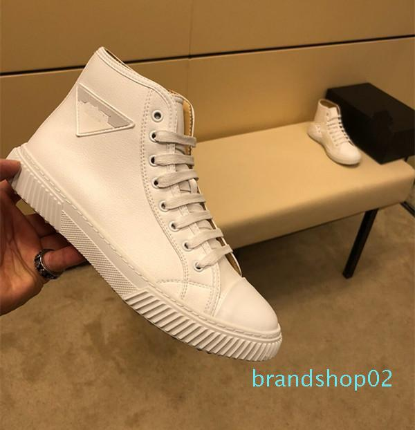 2019 Autumn and Winter Designer Shoes Tide Brand White High To Help Leather Warm British Casual Mens Designer Shoes