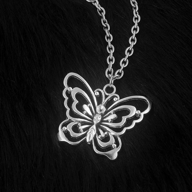 Harajuku style papillon coupe-circuit Collier Vintage géométrique Pendentif chaîne en métal Choker femmes personnalité bijoux tendance fabricants d'approvisionnement