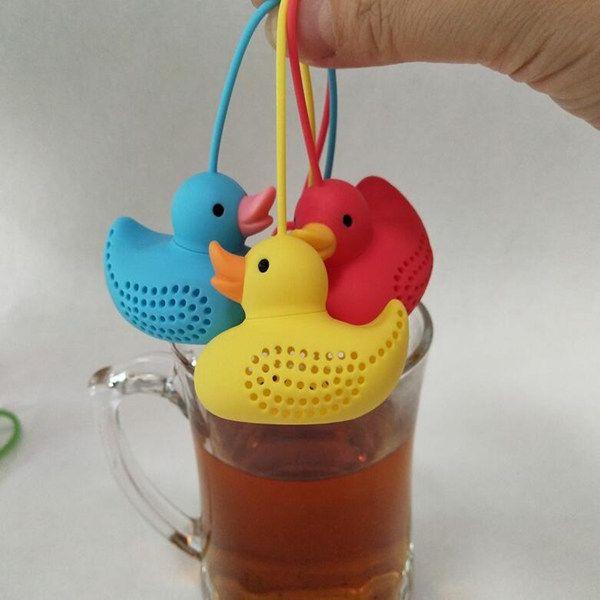 جميل الصغير الاصفر بطة سيليكون الشاي المساعد على التحلل المصافي تصفية مجموعة الشاي مكملات مطابخ كأس شاي مصفاة