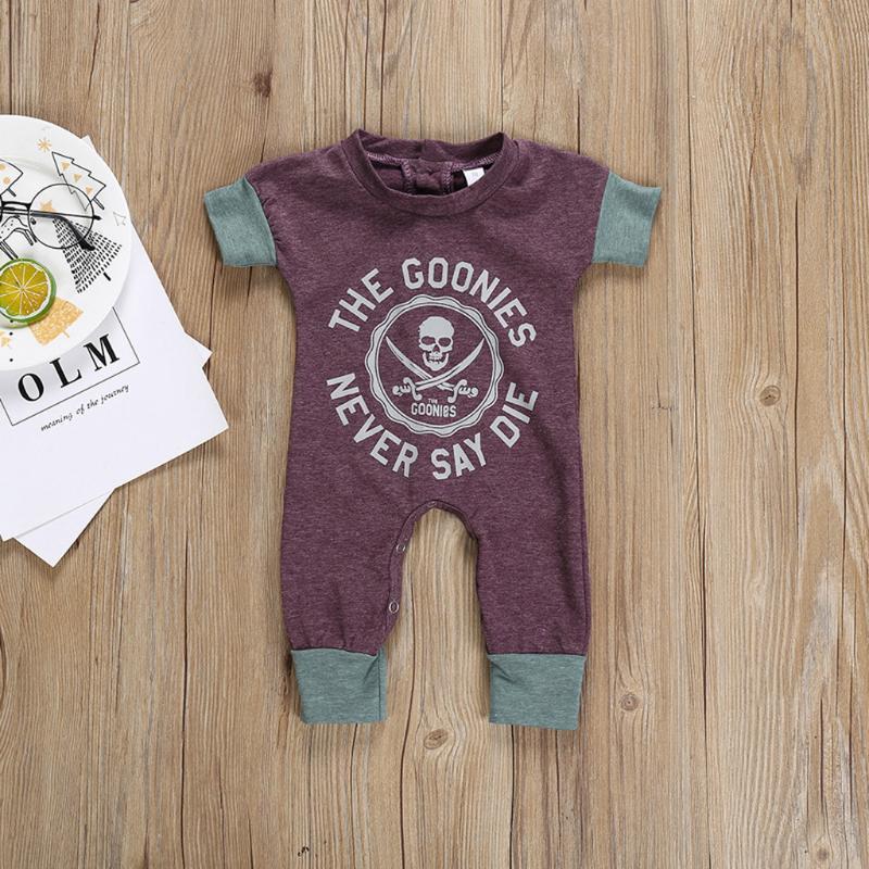 짧은 소매 아기 뛰어 돌아 다니는 패션 해골 인쇄 아기 여름 옷 편지 죄수 복 유아 의류 1-2 Y 보이 뛰어 돌아 다니는 사람