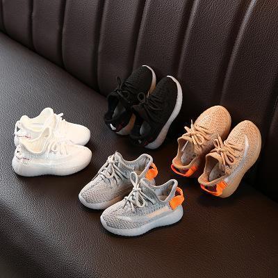 Scarpe da ginnastica Kids Designer Hiphop Marca Kanye West per i ragazzi ragazze adolescenti attivi in esecuzione scarpe traspiranti Eur 22-31 2020 nuovo commercio all'ingrosso