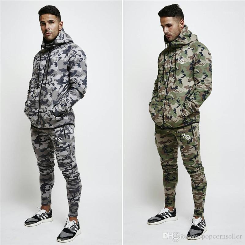 Sudaderas para hombre del diseñador para hombre de la capa del invierno Cardigan diseñador de moda camuflaje Outdoor Training Running mosca de la cremallera del lazo
