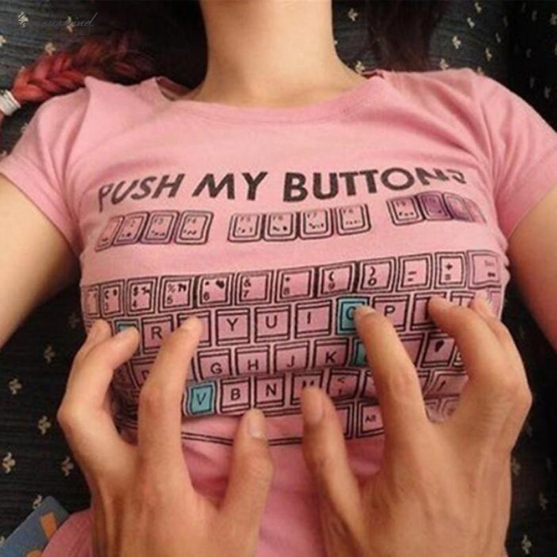 Le donne shirt spingere i miei pulsanti della tastiera divertente T-shirt stampa primavera e l'estate Body Slim Sottile Collegio Vento camicetta Flutter manica Ropa