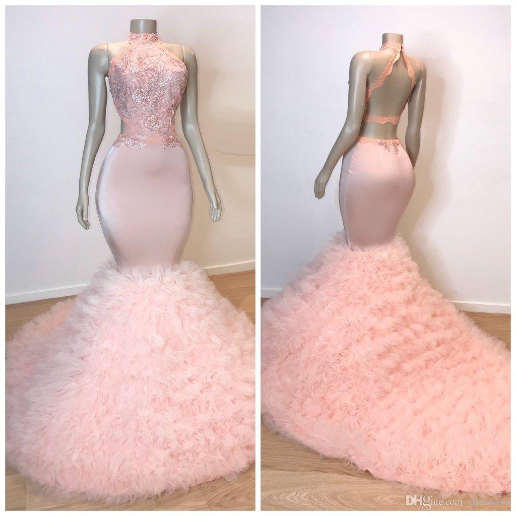 Vestidos de fiesta largos con volantes de color rosa 2019 Sirena Apliques de encaje sexy Cuello alto Sin mangas Con cordones Ilusión Tren de barrido Vestidos de noche elegantes
