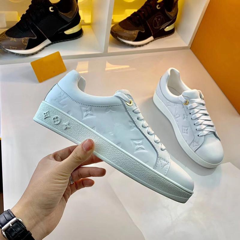 2020 high-end men and women exquisite embroidered letters low-top casual sports shoes, high-quality fashion wild couple party shoes MN01
