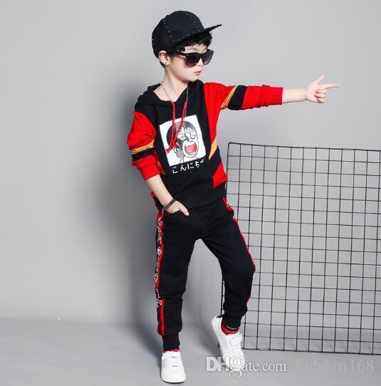 VENTE CHAUDE mode classique Style Enfants 2-9 ans nouvelle Pour Les Garçons Et Les Filles classique Costume De Sport Bébé Infant À Manches Courtes Vêtements Enfants VODFE