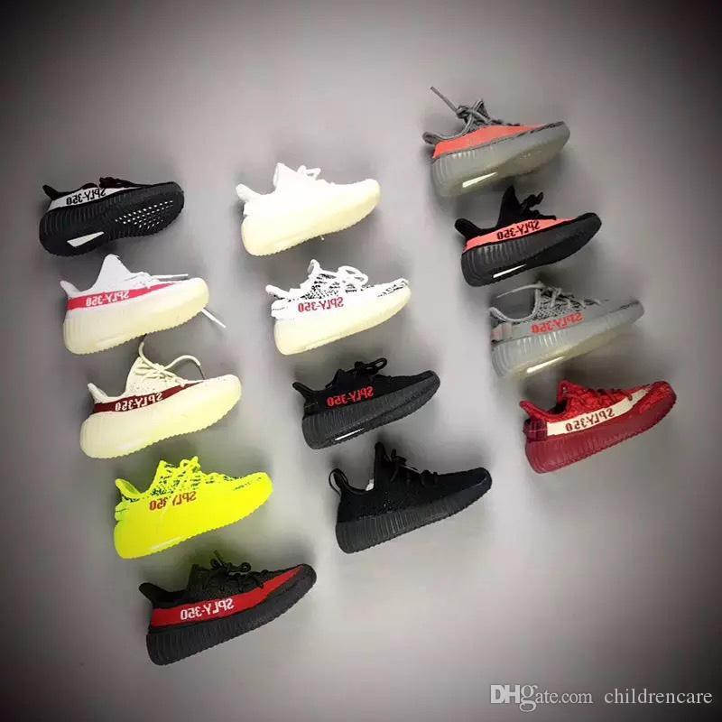 طفل رضيع تشغيل أحذية كاني ويست SPLY الاحذية أحذية رياضية V2 الأطفال أحذية رياضية بنين بنات رياضة أسود أحمر كريم أبيض زيبرا