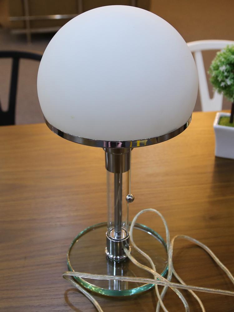 Wilhelm Wagenfeld Bauhaus Abajur Lâmpada de mesa por sala estudo quarto quarto de hotel