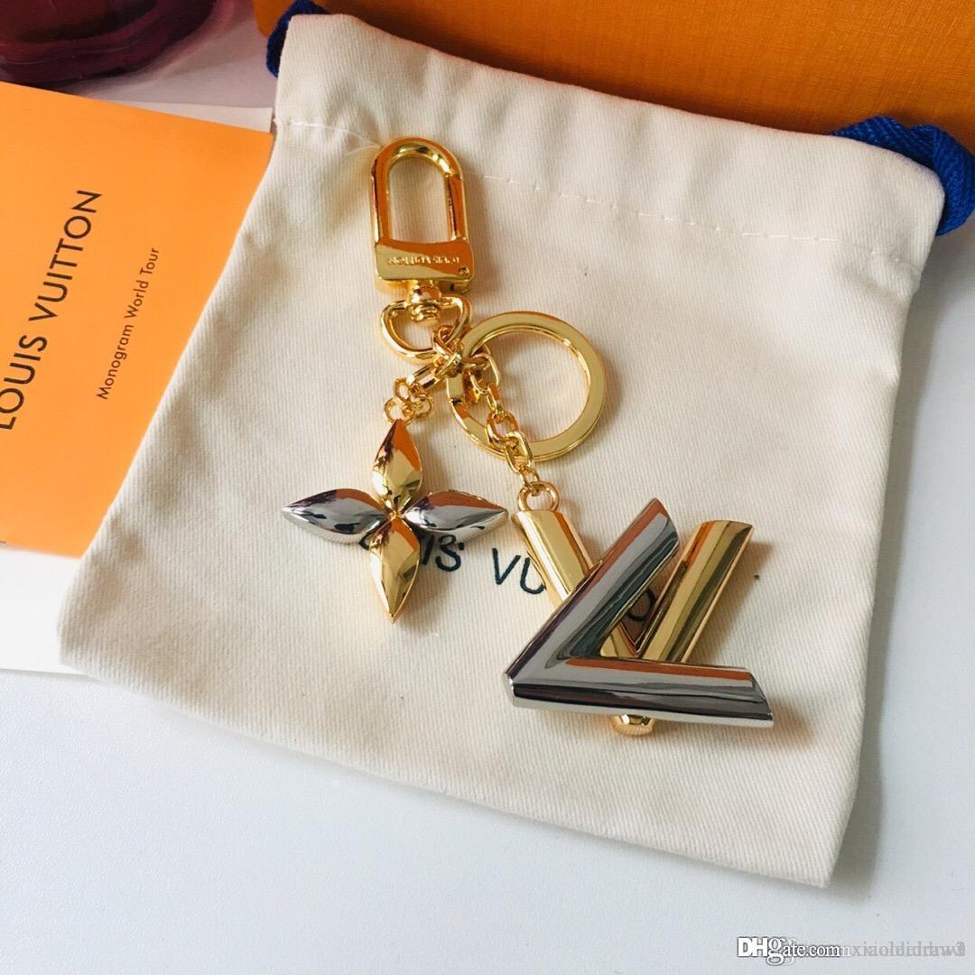 أفضل الرجال إلكتروني معدن الفضة النساء سلاسل المفاتيح مع نمط مربع الأزياء M68197 ملحقاتها قماش سلسلة مفتاح الذهب والجلود الشحن مجانا