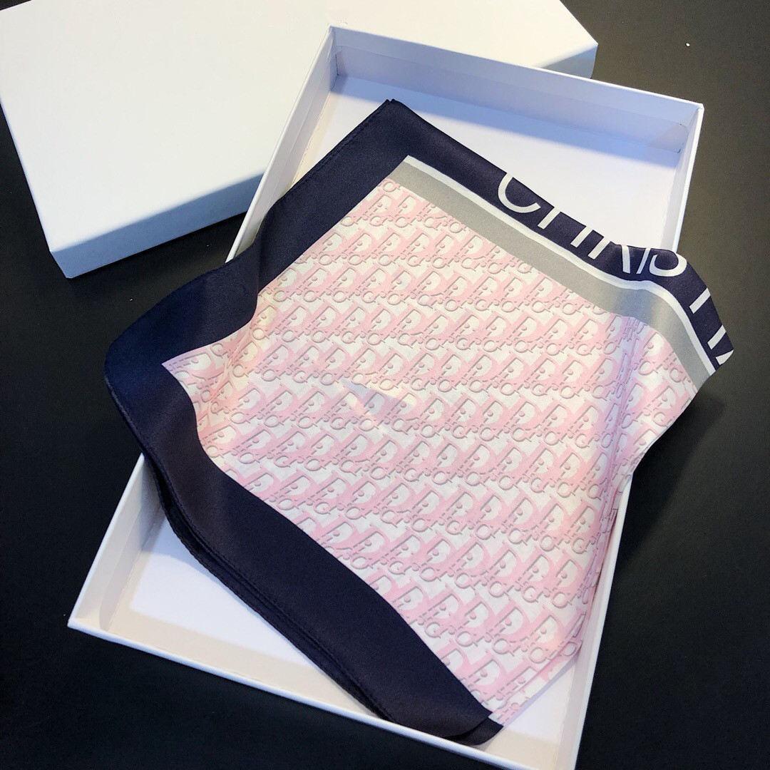 50 * 50 см Женской моды шелкового шарфа шейного письмо Печать высокого качество Mulberry Silk Одеяло шейных шарфы 4 цвета