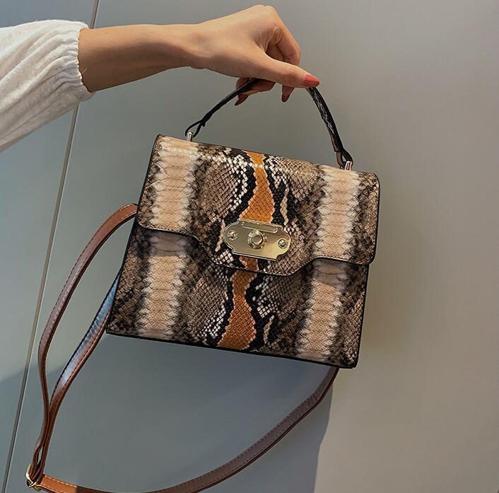 Дизайнер Женщины Серпантин Crossbody Luxury Lady Vintage сумки Fashion Square Стопорные контрастного цвета сумки высокого качества