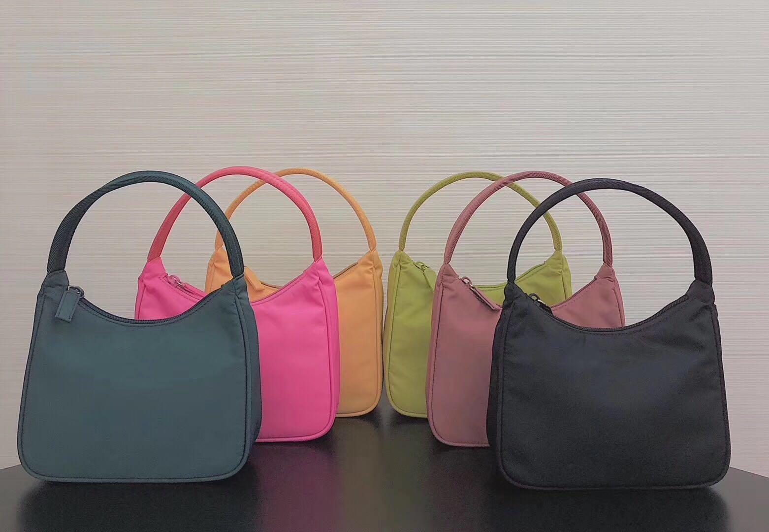 Wholesale waterproof canvas female tramp shoulder bag female fashion shoulder large capacity handbag armpit bag lady crossbody bag