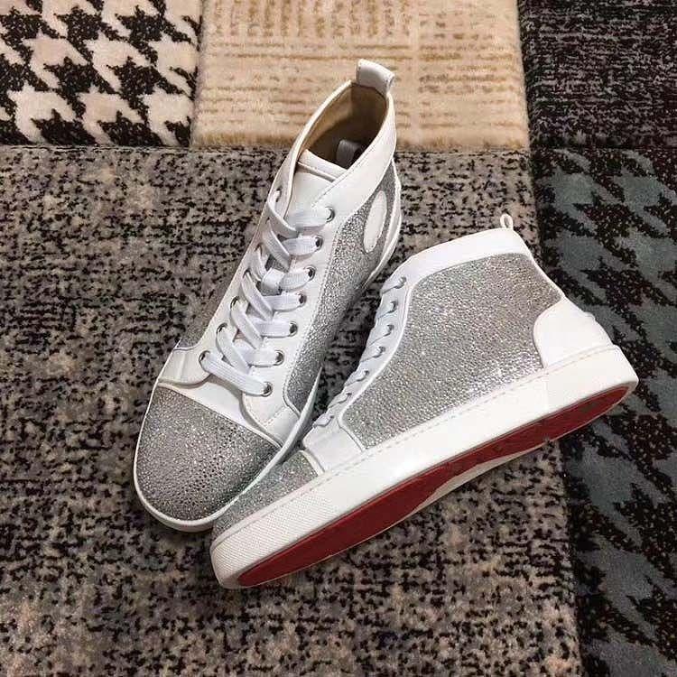 2020 En kaliteli Kırmızı Bottoms Sneakers Çivili Dikenler Flats Ayakkabı Kırmızı Bottoms İçin Erkekler Kadınlar Eğitim Ayakkabı eğitmenler hommes A1A'ya sneaker