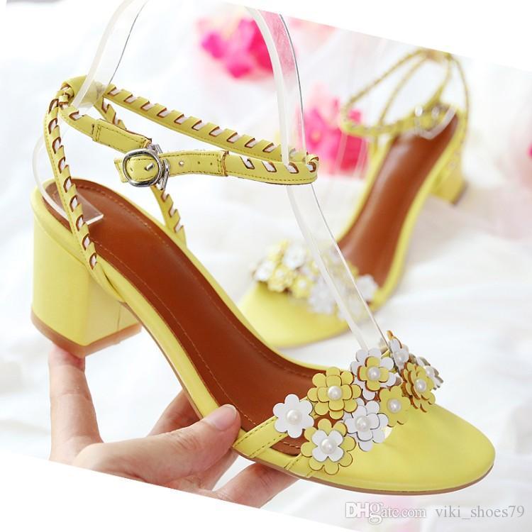 Nouvelles dames chiot sandales à talon femme en cuir véritable chaussures habillées de mode chaussures fleur de stweey sandale boucle fête des filles de couleur rose