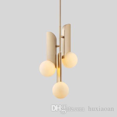 Nórdico minimalista dourada dourada lâmpada de pingente arte bronze branco bola esfera de cozinha estuda loja loja de roupas suspensão
