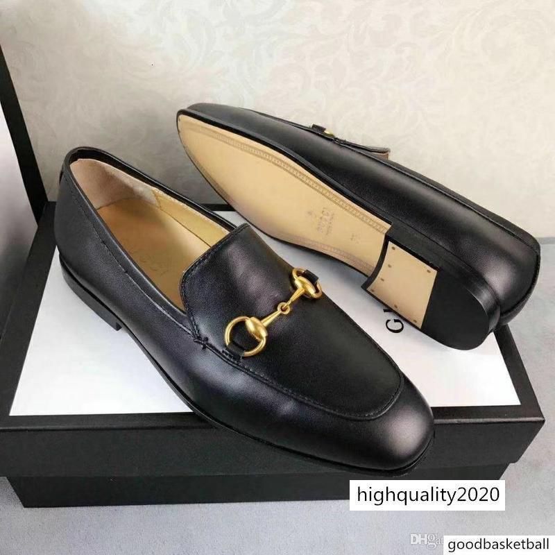 Modelle italienische Luxusdesigner Lederabendschuhe Top Leder Hochzeitsgesellschaft Mannschuhe aus Wildleder Loafer Absatz-Schuhgröße mit Kasten