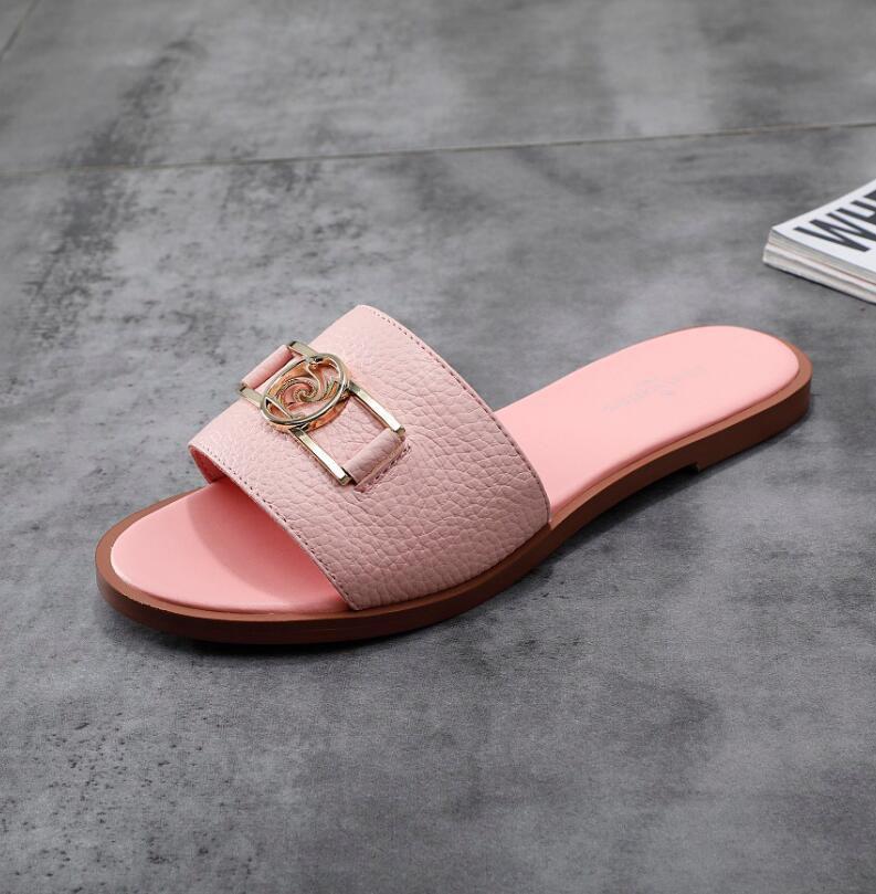 zapatillas clásicas playa de la mujer zapatillas de lujo de verano de dibujos animados principal grande deslizadores del cuero del diseñador zapatos planos Hotel Bath letras de la sandalia
