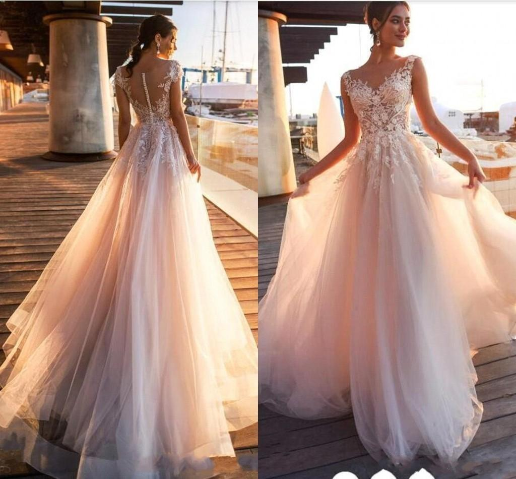 Newest Sexy Country Beach Champagne A Line Wedding Dresses V Neck Lace 3D Floral Appliques Tulle Button Back Plus Size Wedding Bridal Gowns