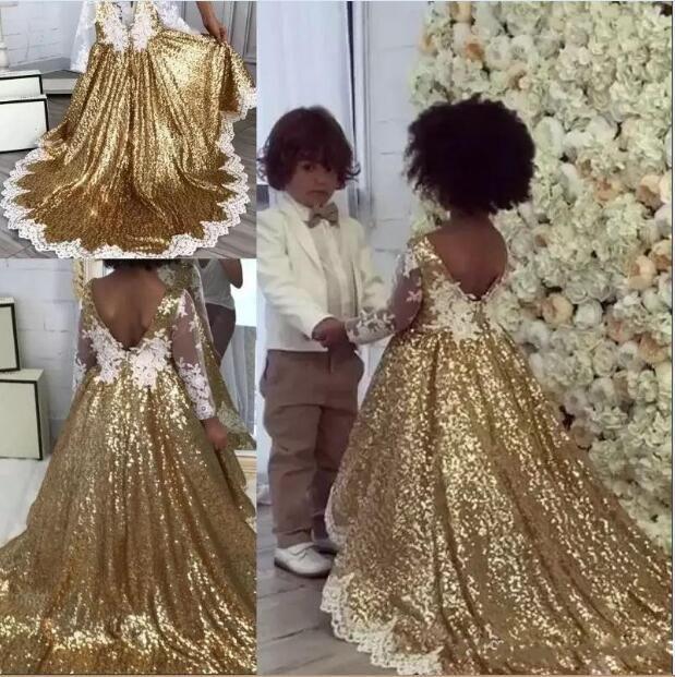 2019 결혼식을위한 골드 스팽글 꽃 파는 아가씨 드레스 V 백 흰색 레이스 아플리케 긴 소매 공주 플로어 길이 선발 드레스 키즈 파티