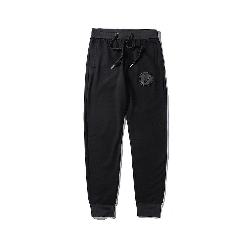 Новое прибытие мужские стилиста Брюки мужские высокого качества вышивки Брюки Мужчины Женщины High Street Fashion Black Jogger штаны
