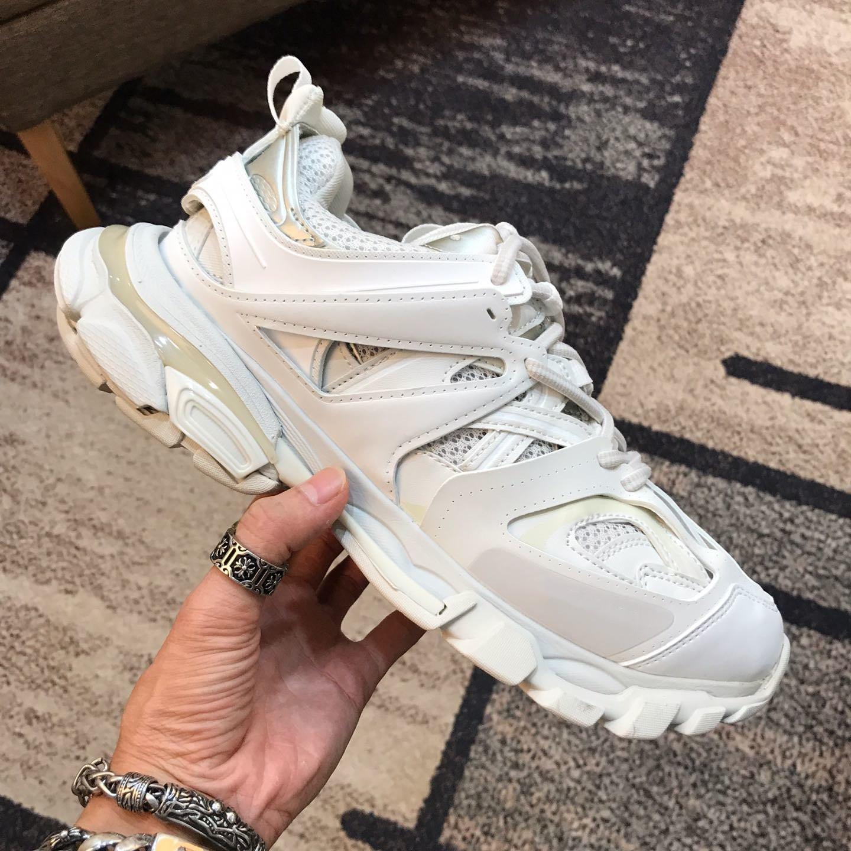 París Track 3.0 Tess Hombres Mujeres Triple S Comfort zapatos casuales Clunky la zapatilla de deporte del papá blanco de la manera zapato Azul Rosa Chaussures