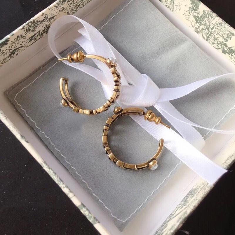 인기 고전 복원 고대 방법 황동 귀걸이 편지 진주 귀걸이 유럽과 미국의 여성 성격 보석