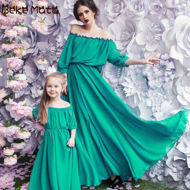 Mother Daughter Dresses Evening Mommy And Me Clothes Chiffon Family Look Mom And Daughter Maxi Dress Mum Baby Matching Outfits Y19051103
