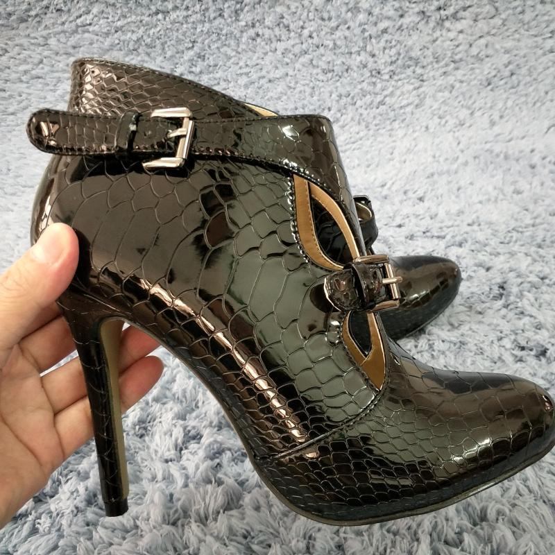 Snakeskin Mulheres Stiletto Fina High Heel Botas Rodada Toe Buckle Sexy Fashion Dress Partido Evening Bola Lady Bootie 0640cbt-r