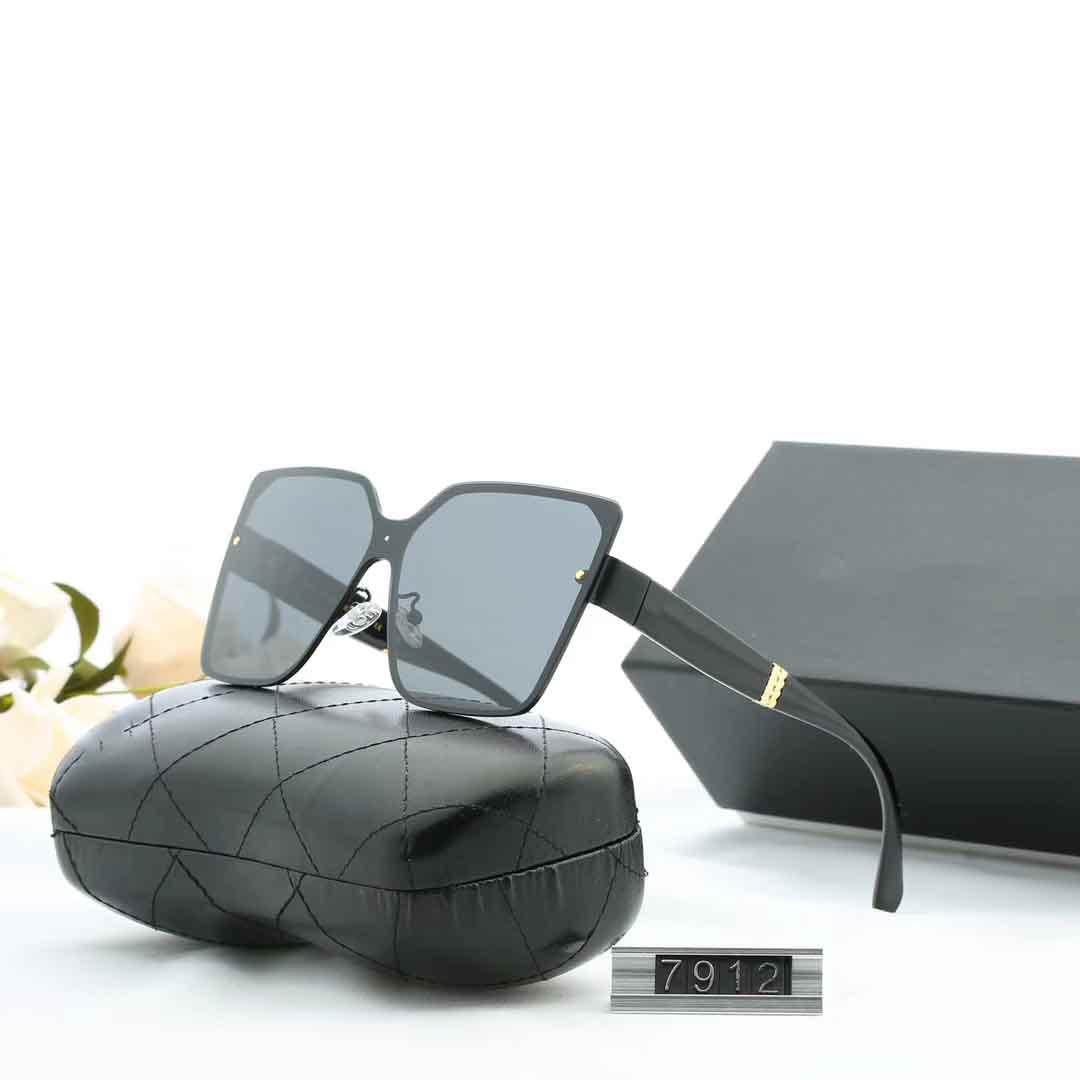 مصمم أزياء النظارات الشمسية للمرأة النسائية العلامة التجارية النظارات الشمسية UV400 7912 5 خيارات اللون ذات جودة عالية مع صندوق