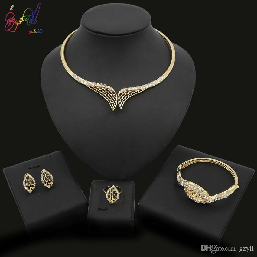 Bague Mode féminine Lady bijoux Set Cristal Collier Bracelet Mariage Fête Cadeau