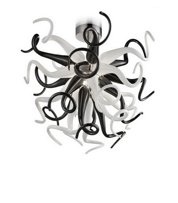 Черно-белый Италия Дизайн Рука выдувное стекло Хрустальная люстра свет Спальня Декоративные формы сердца сшитое