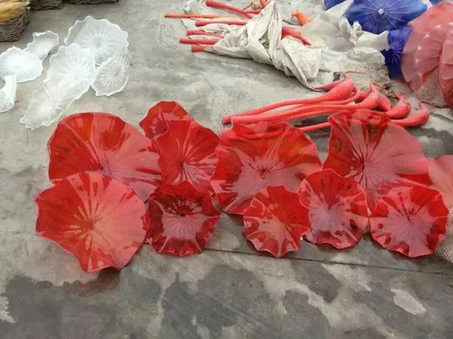 2020 Hotel Hall Art Red and White Blown Glass Plates High Quality Murano Glass Wall Art Light