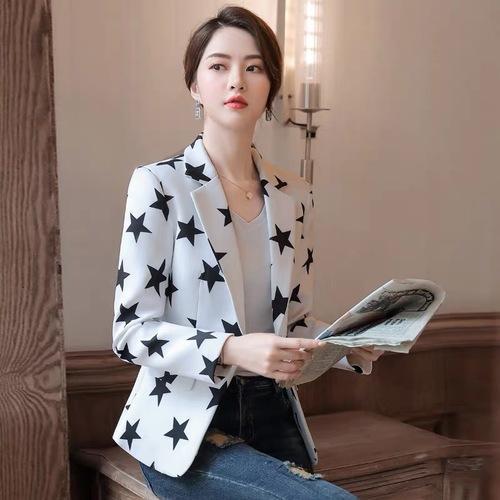 Femmes Blazers et vestes Black and White Blazer Stars Géométrique Designer Coelle coréenne Blazer Jaket Dames Vêtements