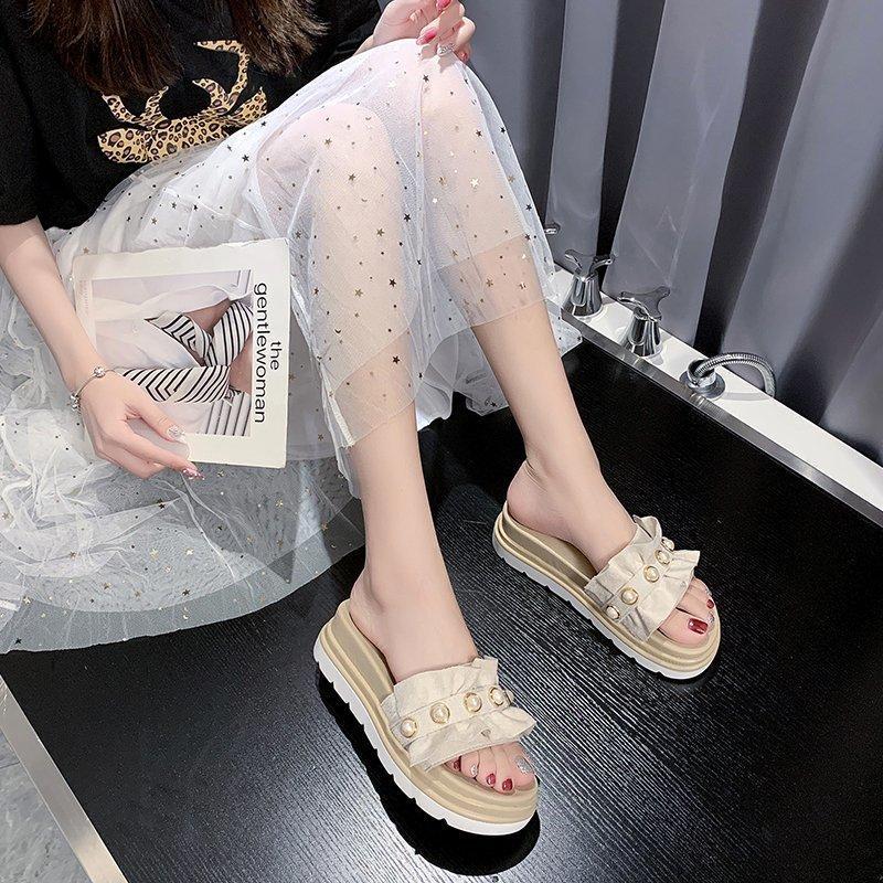 2020 été sandales de plage de fond plat perle vêtements de mode et pantoufles gâteau éponge femme sauvage sandales fond épais Z915